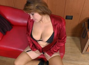 Naughty Latin housewife having the time of the..