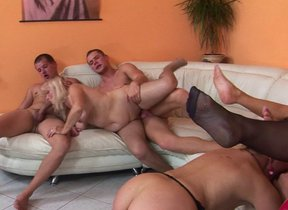 Kinky of age groupsex with lots of pussy