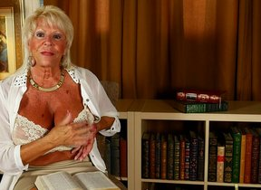 Hot American grandma shows admirable rack and..