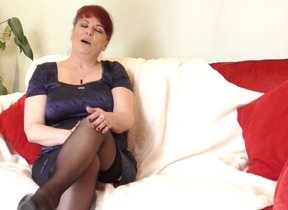 Roasting British mature little one plays with..