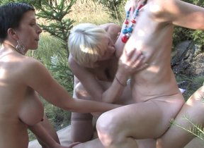Unusual mature groupsex above reproach
