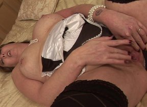 Horny British housewife agreeable herself