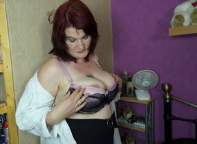 Big breasted BBW property uncompromisingly..