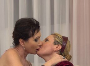 Two naughty lesbian housewives mandate in the..