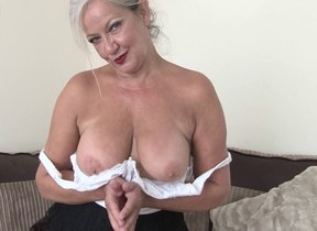 Mature British housewife shows she still got..