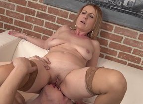 Naughty mature lady fucking plus sucking her toy..