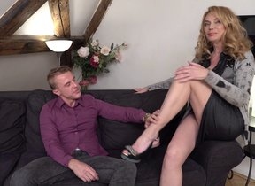 Hot MILF Mya Evans is edacious and is beside to..